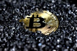 Cryptocurrency theft global value rise 38% with $513 million stolen in 2020